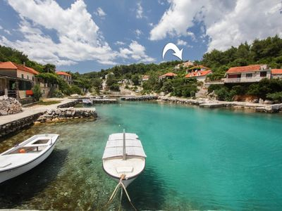 Photo for 36708 A1(2+1) - Cove Basina (Jelsa), Island Hvar, Croatia