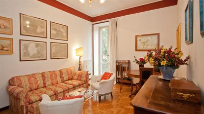 Photo for Spacious Ottaviano 135 apartment in San Pietro with air conditioning & balcony.