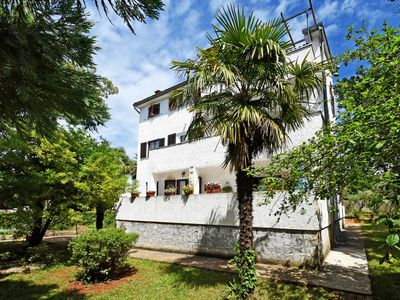 Photo for Holiday apartment with large garden and barbecue