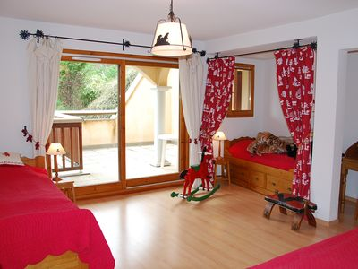Photo for Large apartment full of charm in the heart of Vallouise