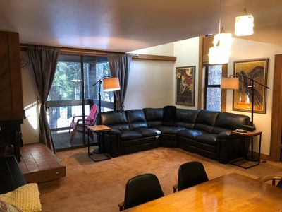 Photo for Relaxing vacation walking distance to skiing and nightlife. Family, pet friendl
