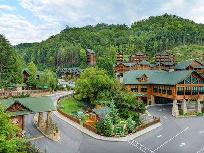 Photo for Spacious Two-Bedroom, Two-Bath villa at Westgate Smoky Mountain Resort