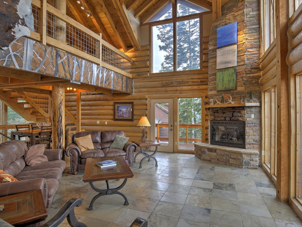 Rustic breckenridge cabin w hot tub and mtn views blue for Breckenridge cottages