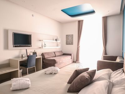 Photo for Deluxe Suite in Via Toledo with Wifi and City View