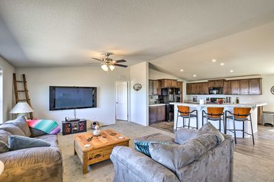 Feel like a true Benson local while vacationing at this comfortable home!