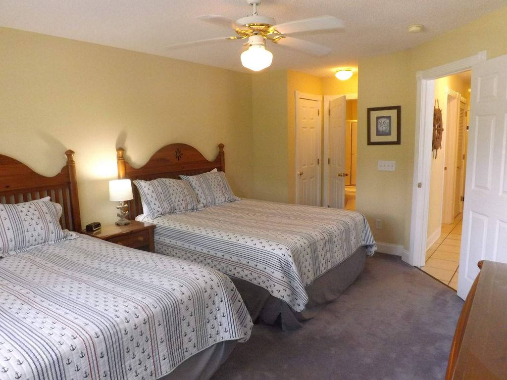 Family Friendly 2 bedroom, 2 bath, with great resort amenities(101M)