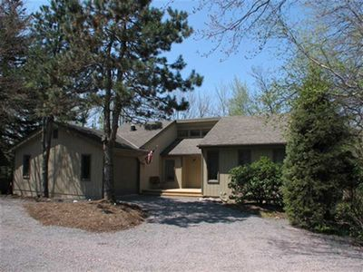 Lakefront! Large 5 bedroom home w/family room, sun room with decking to enjoy the view!