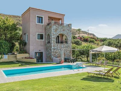 Photo for 3 bedroom Villa, sleeps 6 in Kalámion with Pool, Air Con and WiFi