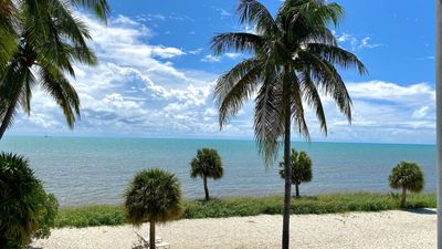 Photo for Somewhere on the beach: 2  BR, 2  BA Condominium in Key West, Sleeps 6