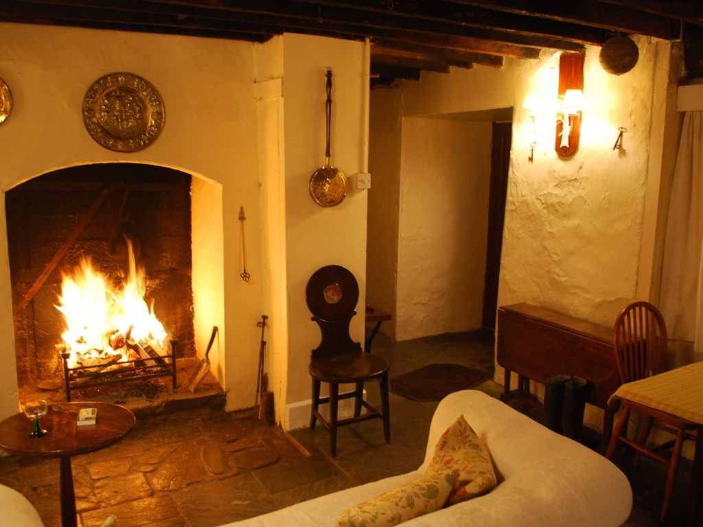 spectacular cliff top 17th century seaside homeaway arklow