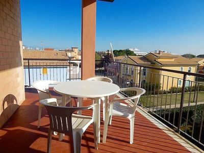 Photo for M175 - Marcelli, three-room apartment with terrace 150 meters from the right sea