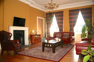 24 foot Drawing Room with Flat Screen Plasma TV