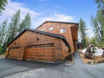 Photo for Time for Truckee! Summer and Ski Condo in Tahoe-Donner