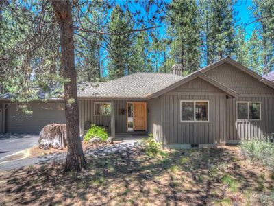 Photo for 1 Wolf - Warm home, beautifully decorated with A/C and close to the Village!