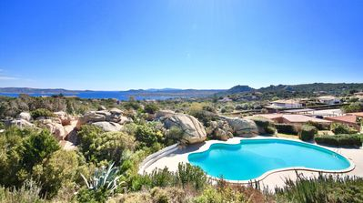 Photo for COTTAGE DOLCEVITA by KlabHouse -4BR w/Panoramic Hot Tube- Pool and Terrace