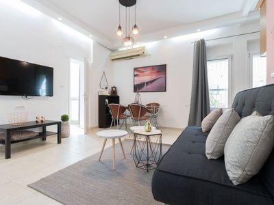 Photo for Charming 2 Bedrooms - Best Location
