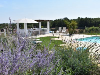 Photo for Stunning house with a trullo near Ceglie Messipica and Ostuni