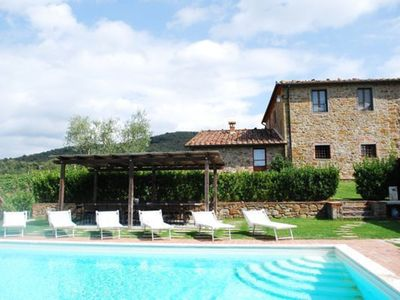 Photo for 10BR Villa Vacation Rental in Rapale, Tuscany