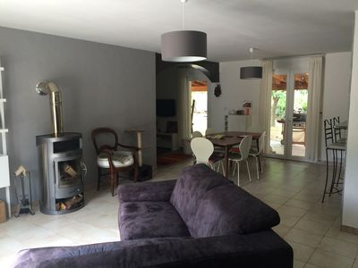 Photo for Single storey house 3 quiet rooms in the Ardèche (St Martin Lavezon)