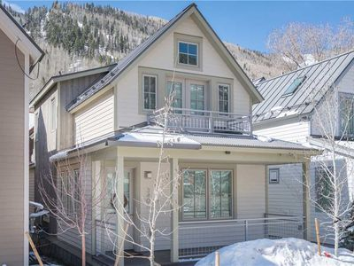 Photo for New 4-Bedroom Luxury Townhome One Block from Gondola