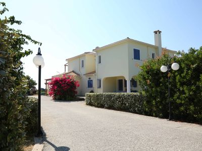 Photo for Villa Helena, exclusive and secluded, swimming pool, & tennis court,