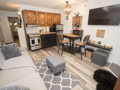 Photo for Walk to Creekside lifts, apres & more - 1 bedroom!