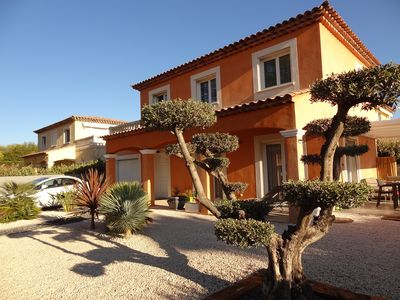 Photo for Provençal house 3 rooms air-conditioned in peace near the sea