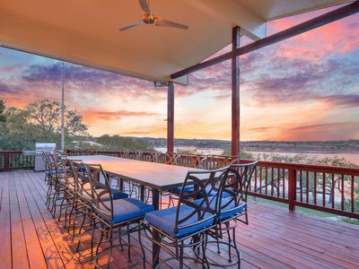 Large Covered Deck w. Sunset Views & Seating for 16
