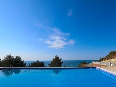 Photo for 163-FARO - Apartment with swimming pool, football field and sea view