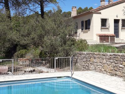 Photo for Verrukelijke rest this holiday villa in beautiful forest in Lorgues