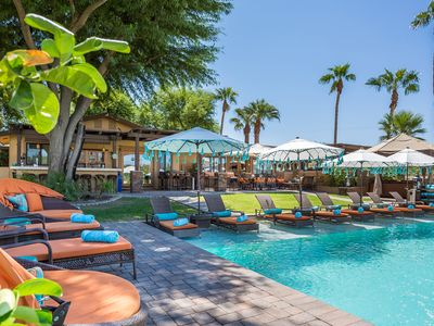 Photo for Indulge in 5-star luxury minutes from the Empire Polo Club