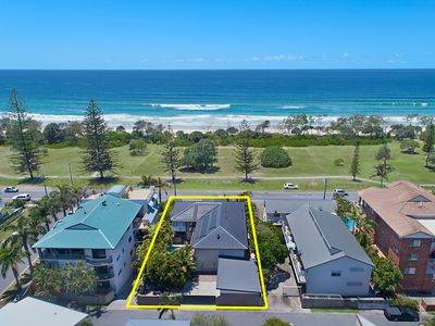 Photo for 8BR House Vacation Rental in Kingscliff, NSW