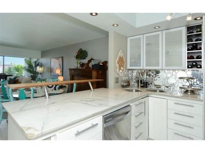 Photo for Newly Renovated 2/2 W/ Private Beach Access!