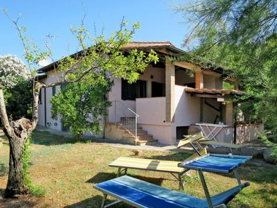 Photo for 3 bedroom Villa, sleeps 8 with
