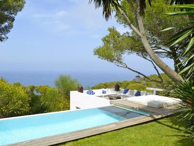 Photo for Stylish modern detached villa and separate studio with fantastic sea  views and extensi