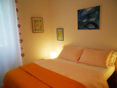 Photo for Lovely apartment with garden, WiFi, parking, METRO C