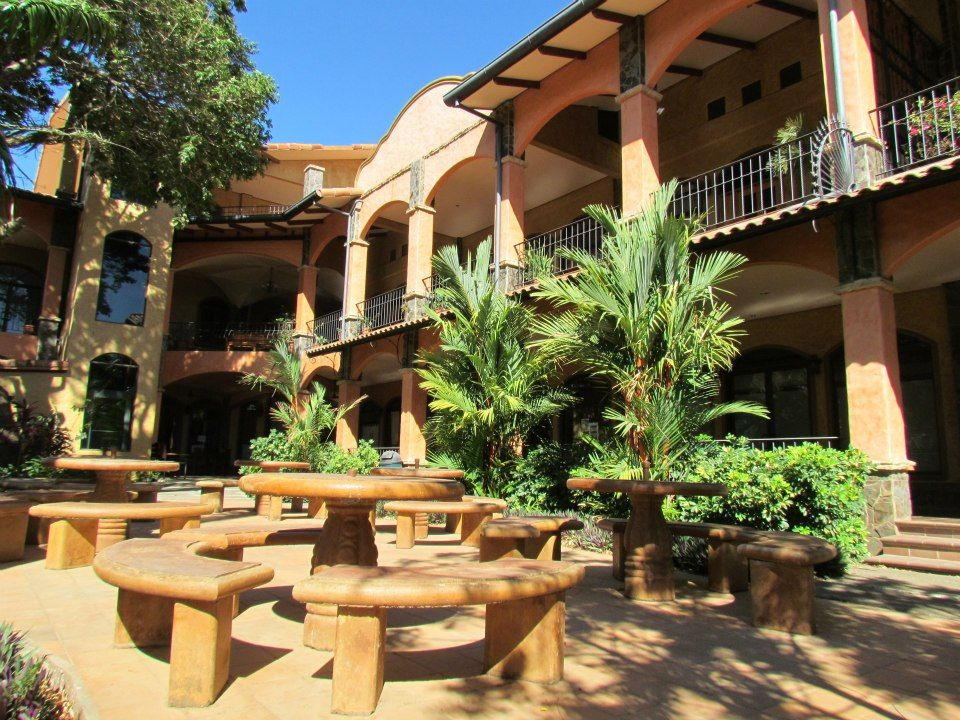 Tranquil secure 1br loft playa junquillal condo for Tierra rica apartments