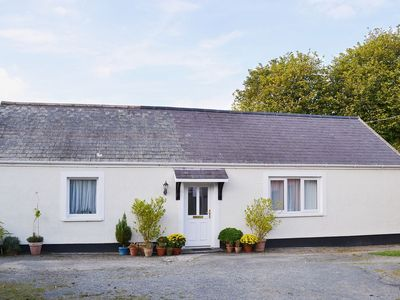 Photo for 1 bedroom property in Haverfordwest. Pet friendly.
