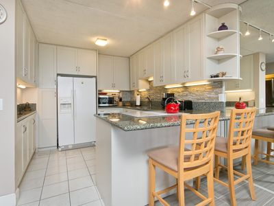 Photo for Huge Penthouse Condo / Sleeps 8 / Ocean View,Free Parking / Wifi / Washer&Dryer