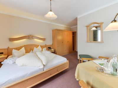 Photo for Double room Cat. B (from 7 nights) - Kur- & Vitalhotel Sonnen