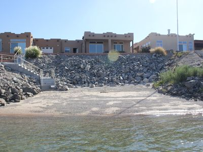 Photo for Waterfront Oasis On The Colorado River!