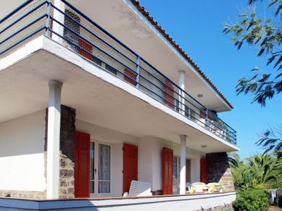Photo for 4 bedroom Villa, sleeps 12 in Saint-Peïre-sur-Mer with WiFi