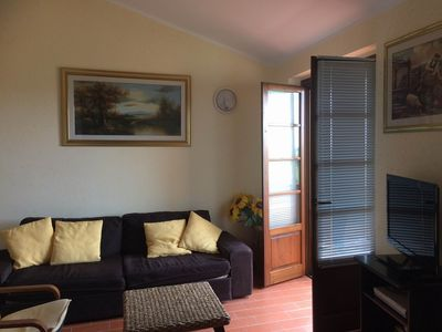 Photo for Apartment in terraced house with terrace and panoramic view, 4 persons