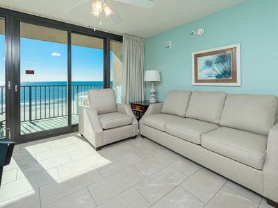 Wheelchair Accessible Beach Front Hotel Suite with Full Kitchen