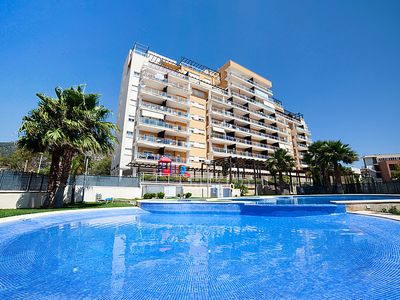 Photo for 2 bedroom Apartment, sleeps 4 with Pool and Walk to Beach & Shops