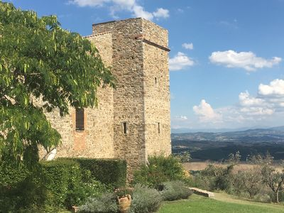 Photo for Medieval Tower in the village of MONTELAGELLO PG