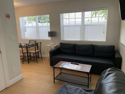 Photo for Pass-a-Grille a One Bedroom Apartment at Coconut Inn #C-11