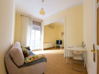 Photo for Charming and spacious two bedroomed property In the heart of The city
