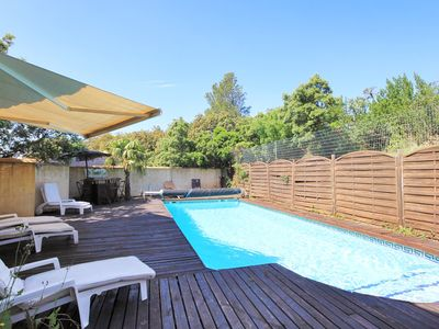 Photo for Villa 10 minutes from Avignon center with private pool 10 people and 5 bedrooms