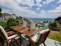 Lovely cottage with fantastic sea views